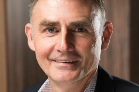 Geert Janssens , hoofdeconoom bij ETION